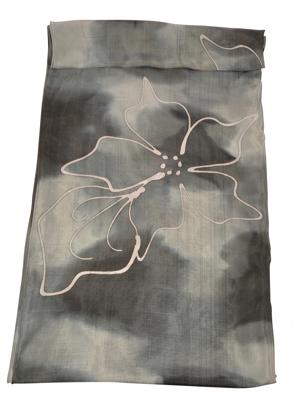 Batik silketørklæde i sorte farver
