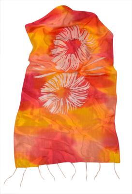 Aflangt batik silke tørklæde i røde og gule farver