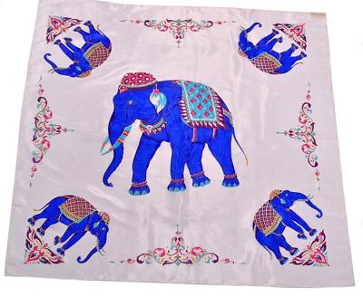 Billede af Silketørklæde med blå elefant