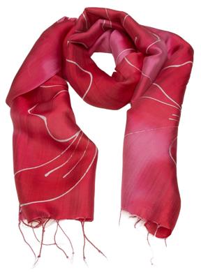 Rødt silketørklæde med batik farve