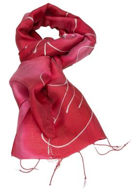 Rødt aflangt batik farvet  silketørklæde